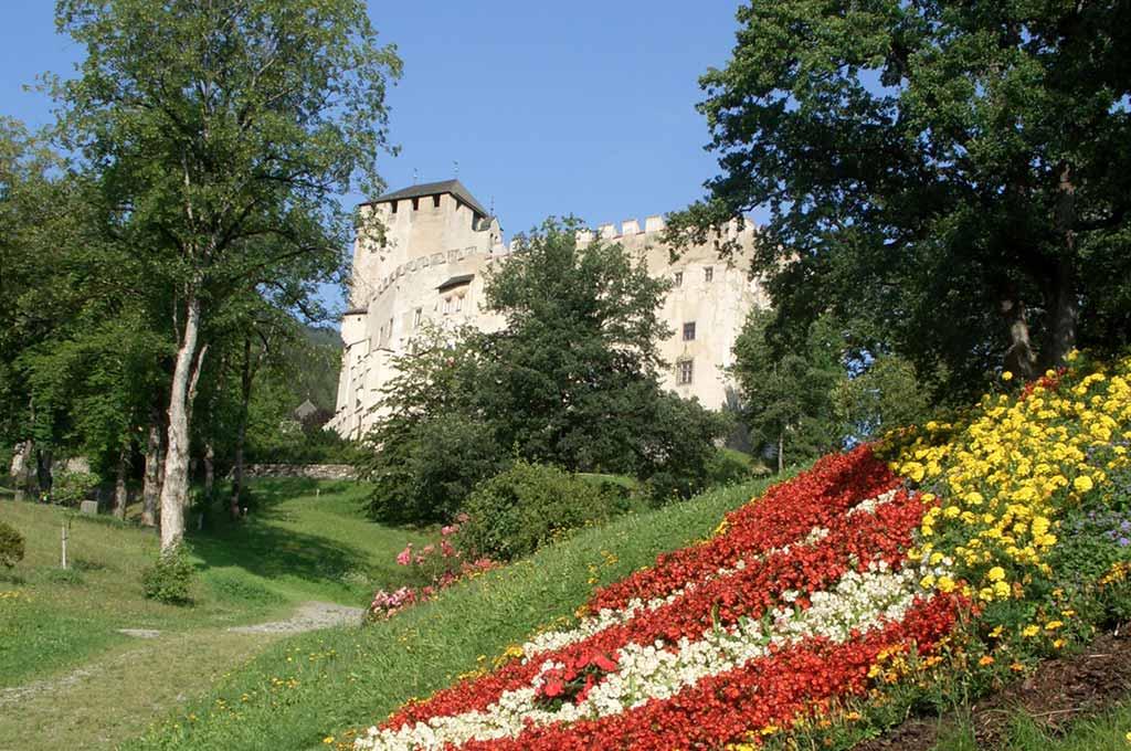 Enjoy-Osttriol: Schloss Bruck